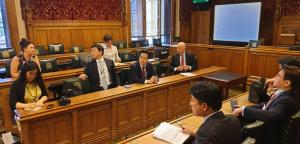 John meets with South Korea delegates to discuss Nuclear Energy